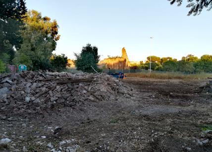 Villa Gordiani, i 5 stelle lo abbattono con le ruspe
